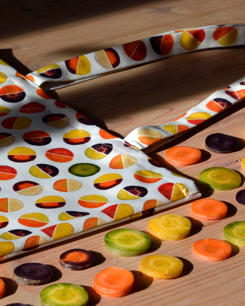 Tote bag graphique Carottes en rondelles détail made in France